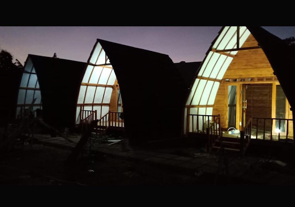 Raffles Inn komodo island